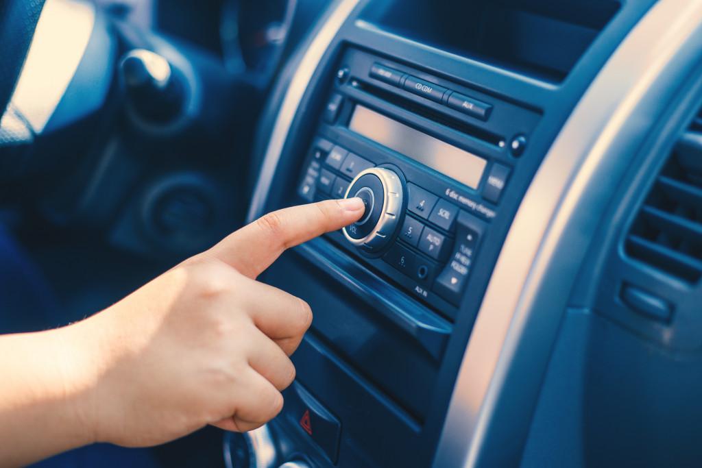 pressing radio button
